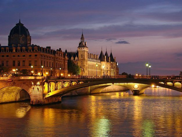 paris-la-conciergerie.jpg